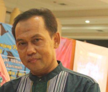 Hendra.S.Efendi, Drs, M.Pd