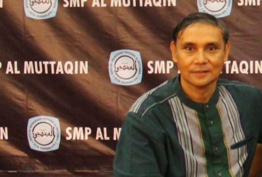 Drs. Nurhendi. M.PdI