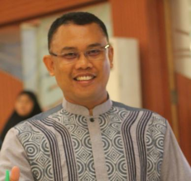 Robi Hermawan, S.Pd. M.PdI